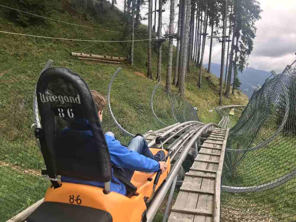 Unsere Fahrt auf der Kolbensattel Sommerrodelbahn in Oberammergau  mit Kindern