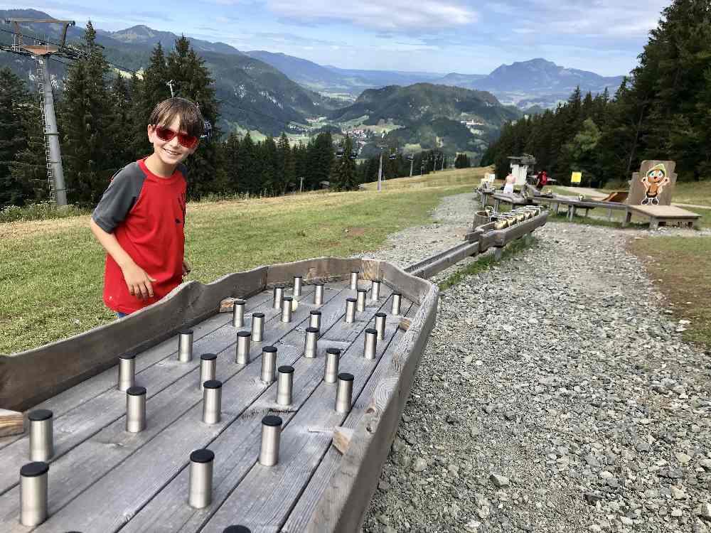 Am Söllereck wandern mit Kinderwagen - und die Kugelbahn spielen