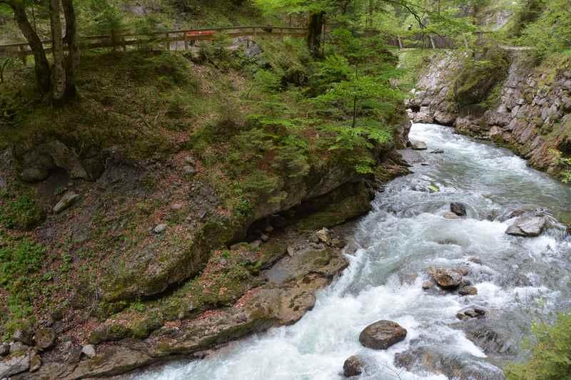 Am Ende der Kundler Klamm, wandern mit Kindern in Tirol
