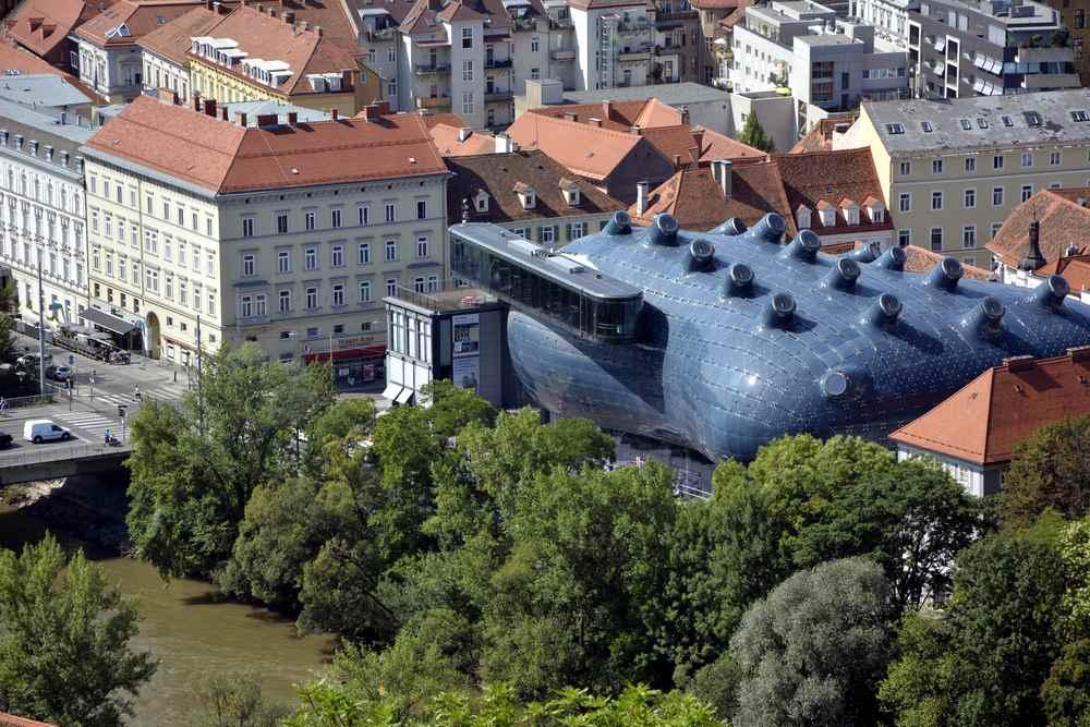 Das besondere Gebäude des Kunstmuseums in Graz