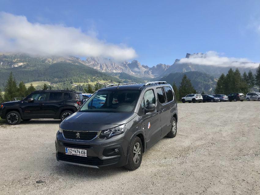 Bis Monte Pana kommst du mit dem Auto, dort ist der Parkplatz