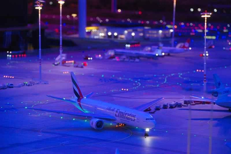 Kein echter Flughafen, sondern das Modell des Flughafen Hamburg in der Miniaturwunderwelt
