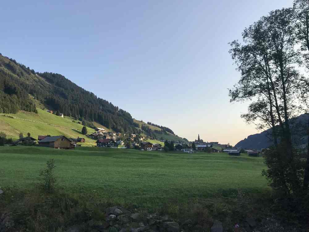 Mittenberg am Morgen - mit dieser Stimmung wandern wir ins Gemstltal