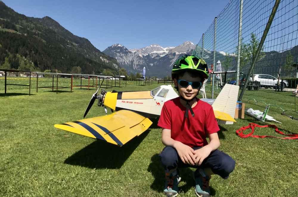 Kurzer Stopp und ein Foto am Modellflugplatz direkt neben dem Zillertal Radweg