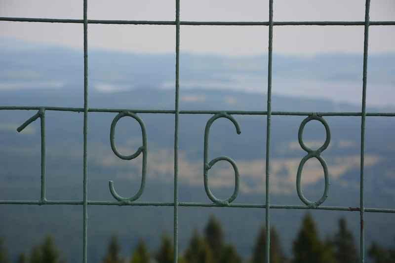 Der Moldaublick Aussichtsturm wurde 1968 an Ort und Stelle aufgebaut