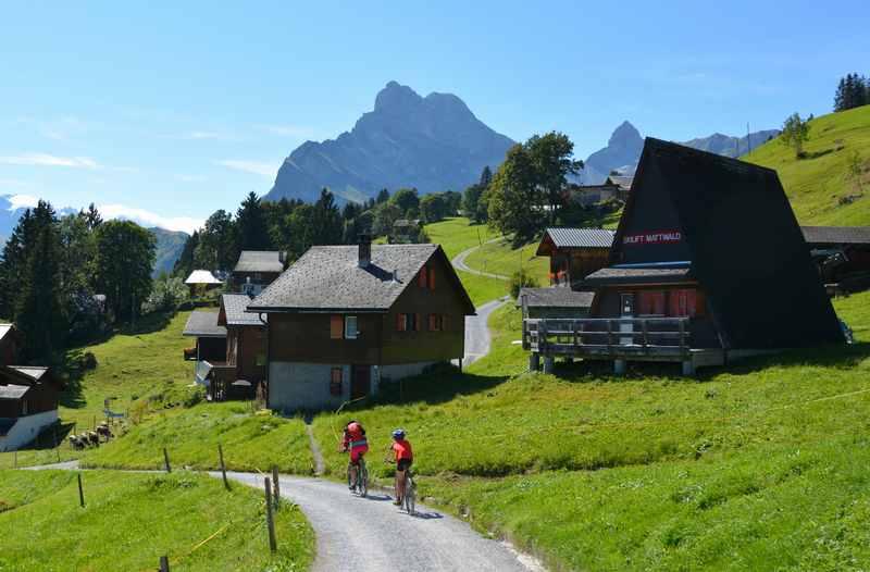 Mountainbiken mit Kindern Tipps:  Im Familienurlaub Mountainbiketouren geniessen