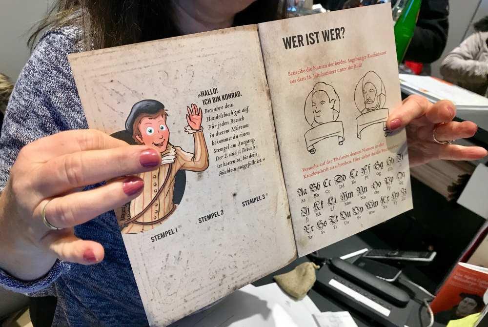 Im Handelsbuch lernen wir Konrad kennen - unsere Museumsrallye beginnt...