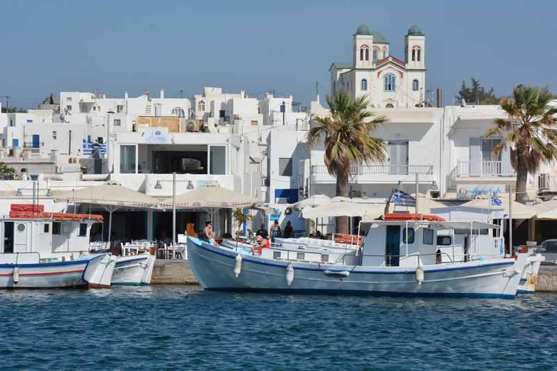 Paros Griechenland: Mit dem Blick auf Naoussa