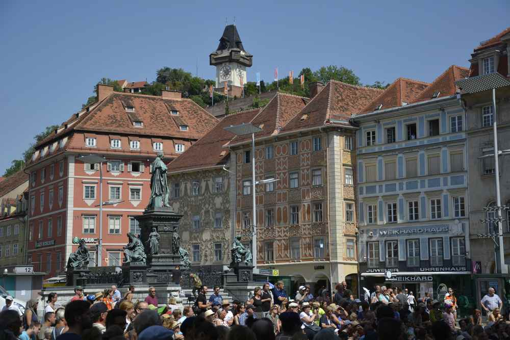 So haben wir bei unserer Städtereise den prächtigen Stadtplatz in Graz gesehen