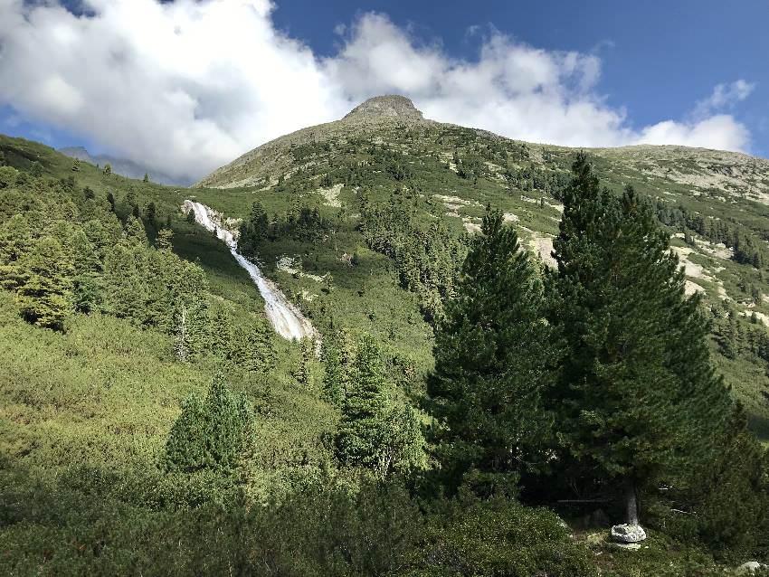 Einer der großen Wasserfälle auf unserer Pfitscher Joch Wanderung