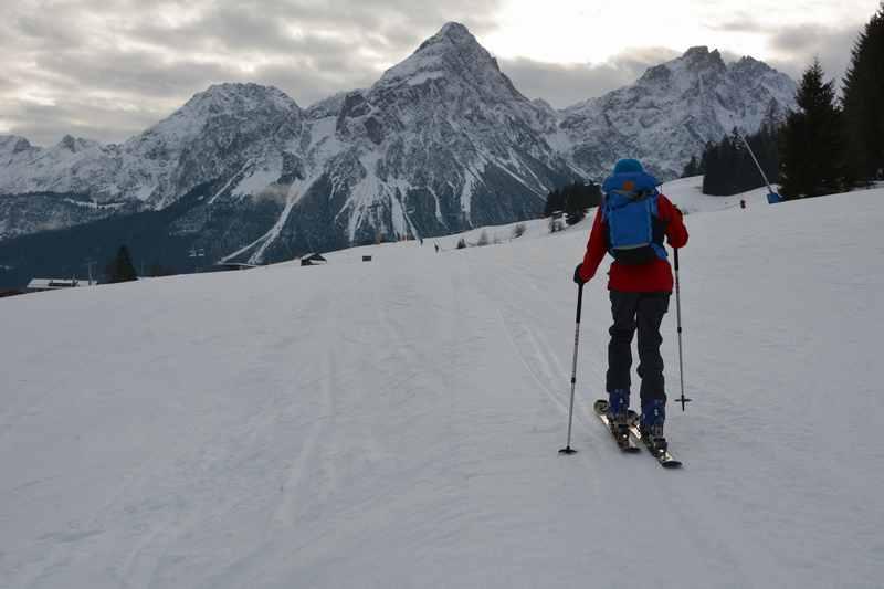 Skitour Grubigstein: Skitour mit Kindern an der Zugspitze