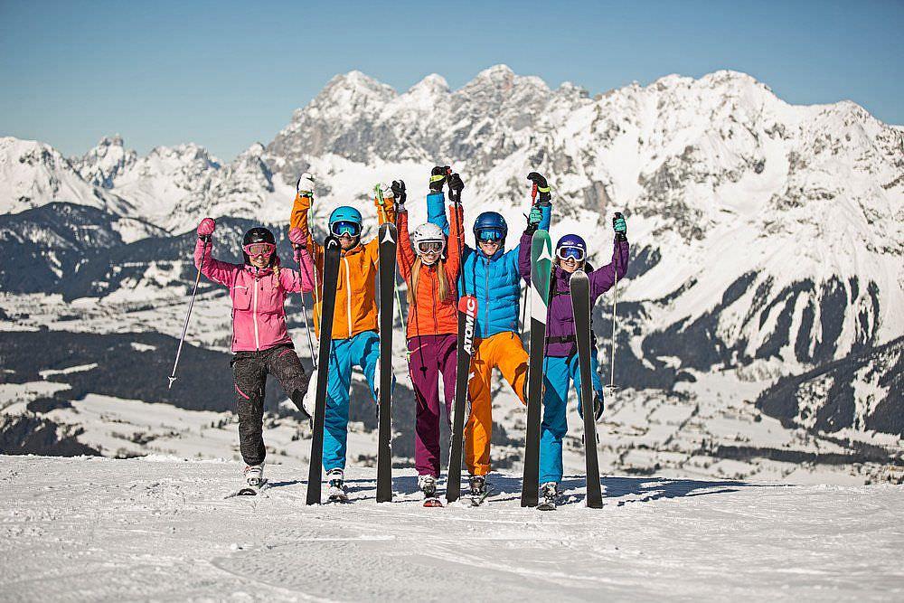 Skiurlaub mit Kindern mit viel Pistenkilometern im Familienskigebiet in Schladming
