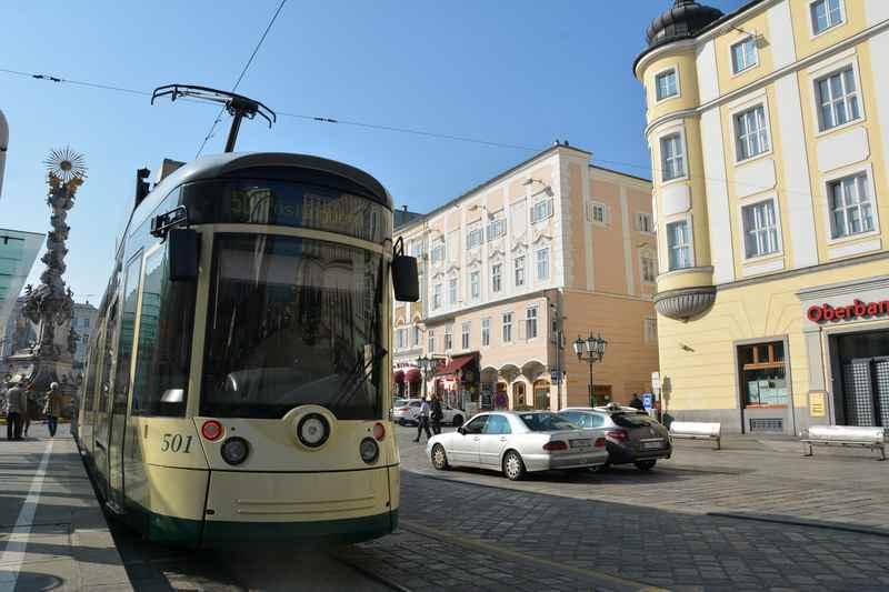 Mit der Straßenbahn auf den Pöstlingberg Linz - dem familienfreundlichen Ausflugsziel