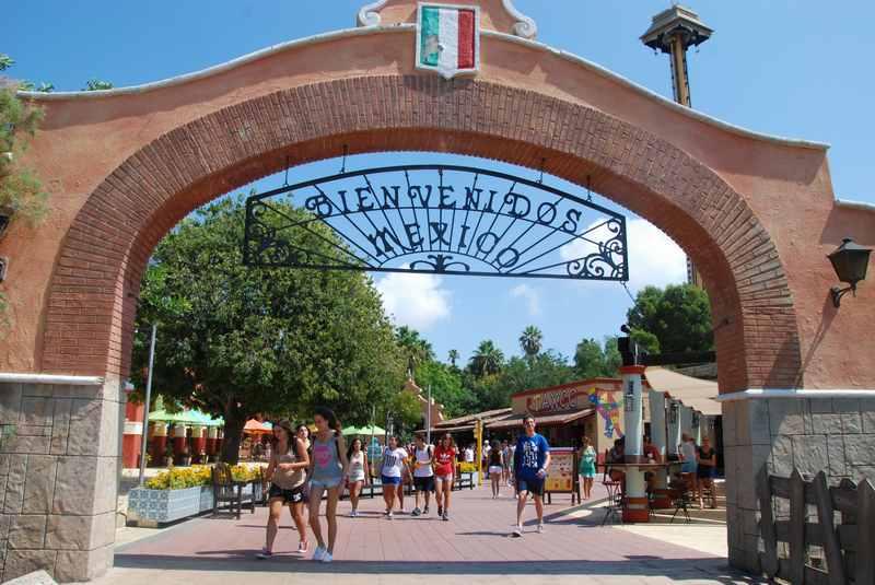 Willommen im größten Freizeitpark Spanien - der Portaventura