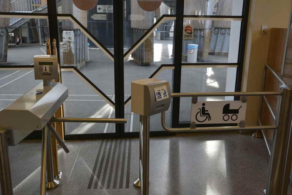 Der Zugang zum bekanntesten Aussichtsturm in Kärnten ist auch mit Kinderwagen möglich