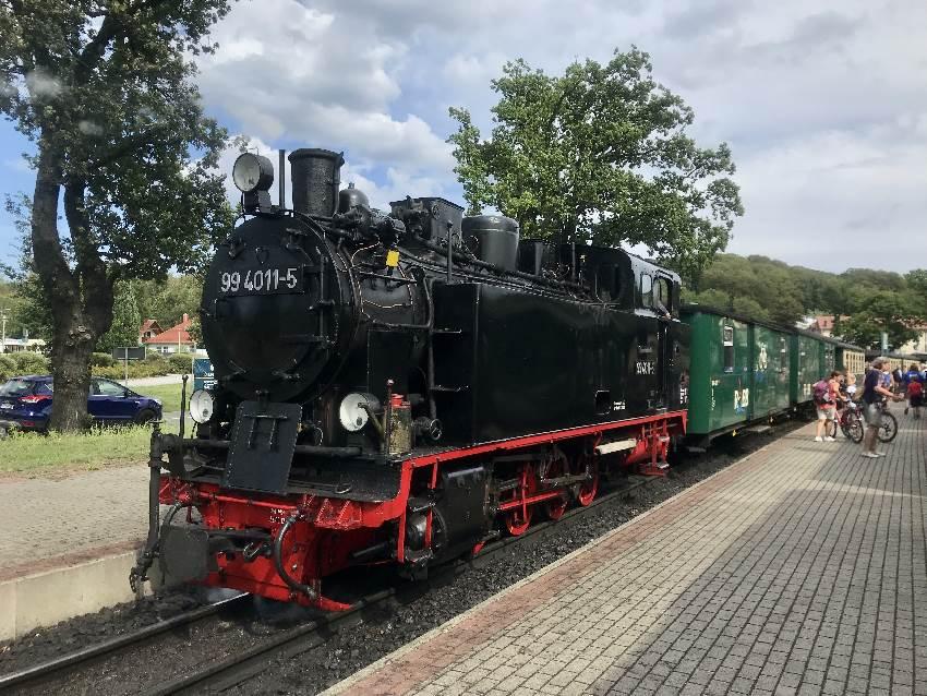 Rasender Roland - die bekannte Schmalspurbahn ist eine Attraktion und eines der Top Rügen Ausflugsziele