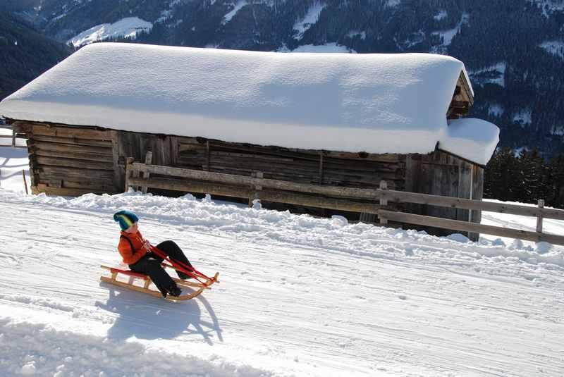 Unser Großer voll in Fahrt im Winterurlaub mit Kindern