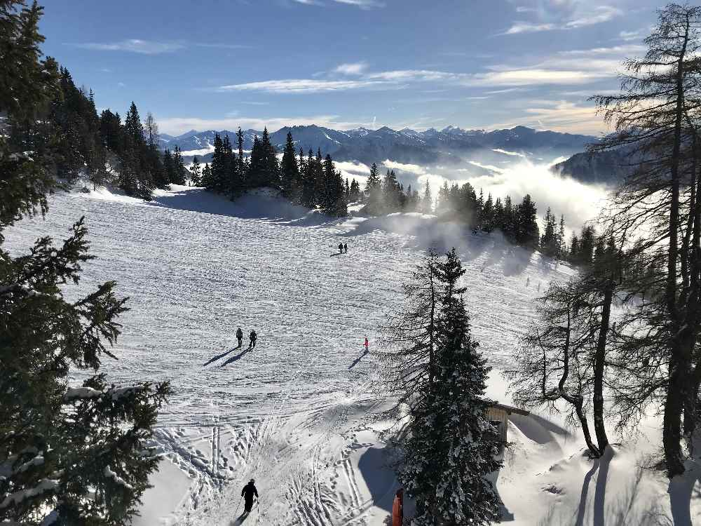 Freie Sicht auf die Gipfel der Alpen: Was für ein Traum im Skigebiet Rofan in Tirol