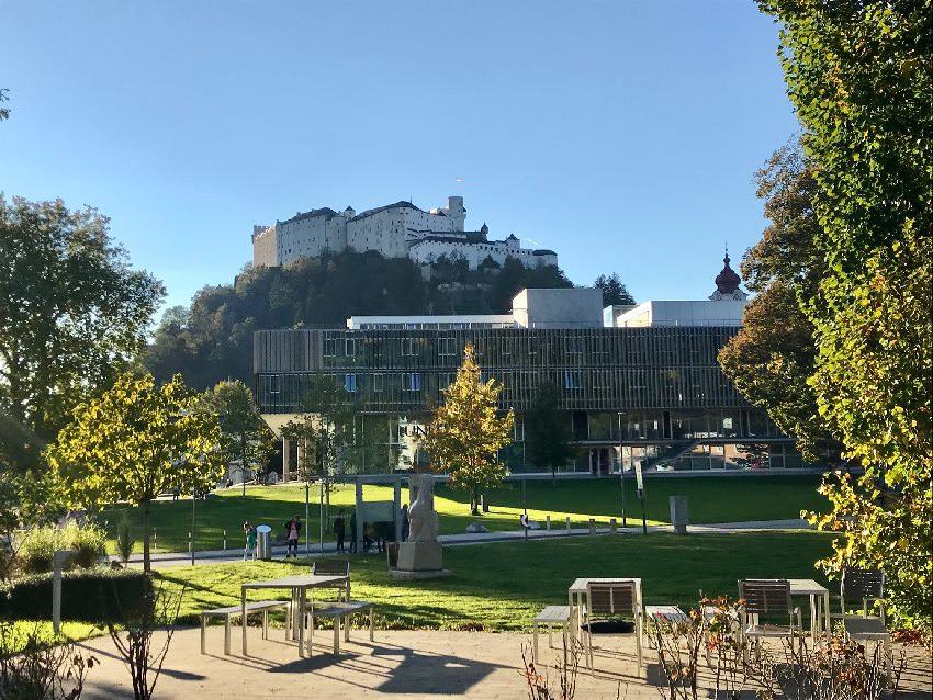 Ausflugsziele Salzburg mit Kindern - der Blick auf die Festung Hohensalzberg