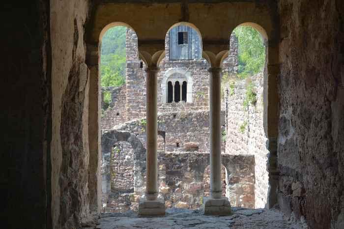 Der Blick aus dem Turm im Schloss Boymont bei der Eppan Wanderung