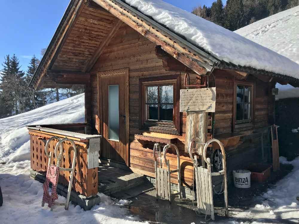 Das ist der Rodelverleih der Schwaigerhütte
