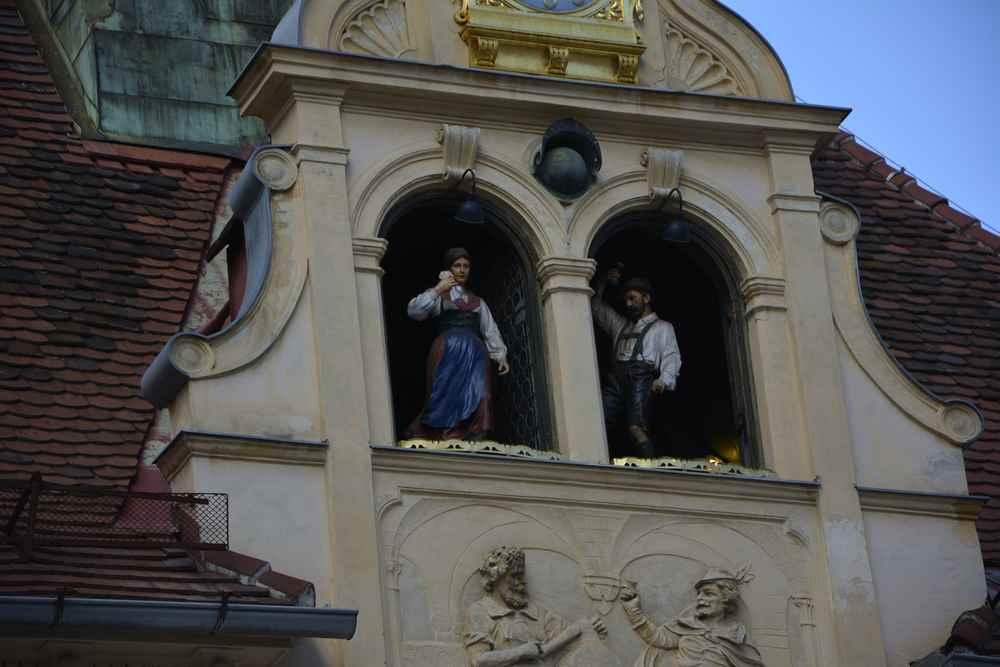 Familienurlaub Graz: Der Besuch beim Glockenspiel
