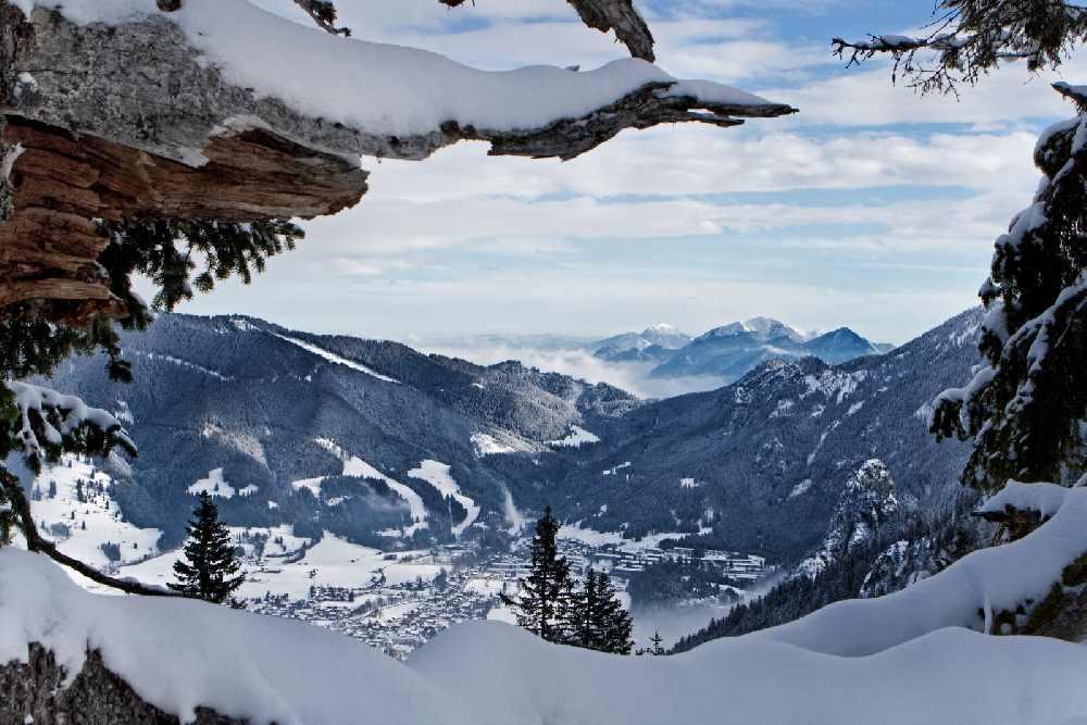 Skigebiet Oberammergau: Skifahren am Kolbensattel in dieser winterlichen Märchenlandschaft