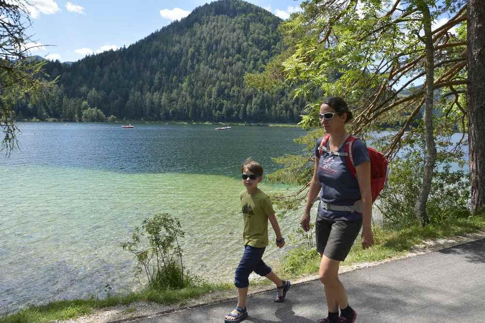 Familienurlaub Niederösterreich: Wandern mit Kindern am Erlaufstausee