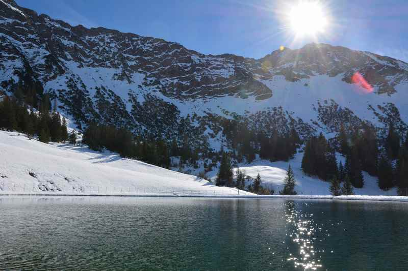 Der Speichersee bei der Wiedhagalpe in Oberjoch