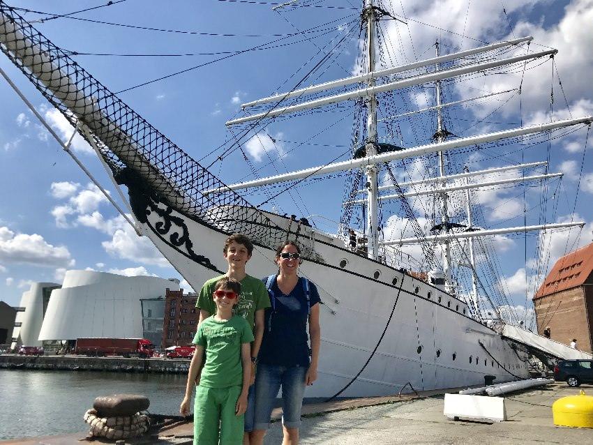 Beeindruckend: Die Segelschiffe an der Ostsee, hier die Gorch Fock in Stralsund
