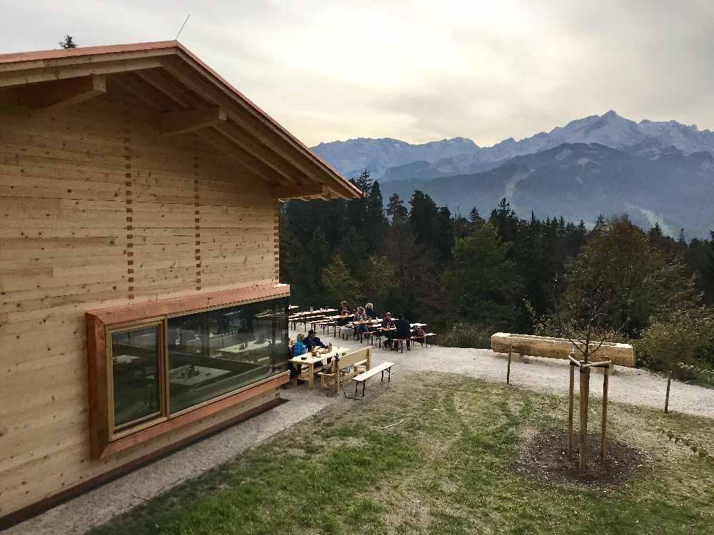 Tannenhütte Garmisch Partenkirchen in Traumlage, Zuspitzblick!