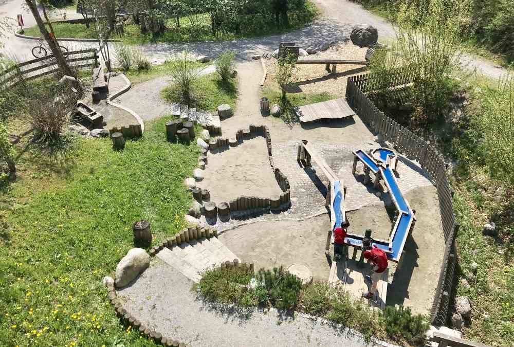 Das ist der Wasserspielplatz am Eingang ins Halltal, Gnadenwald