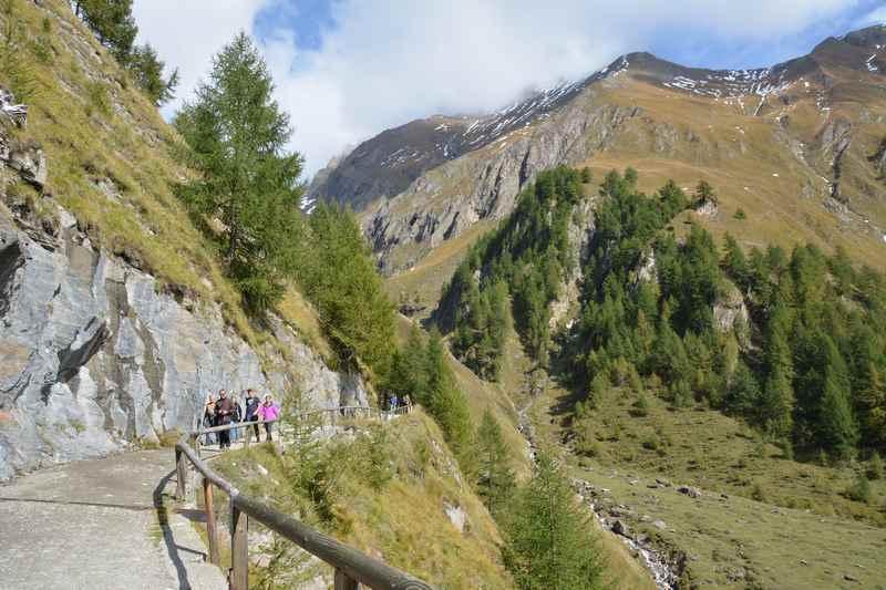 Über die Valler Schramme zur Brixner Hütte wandern