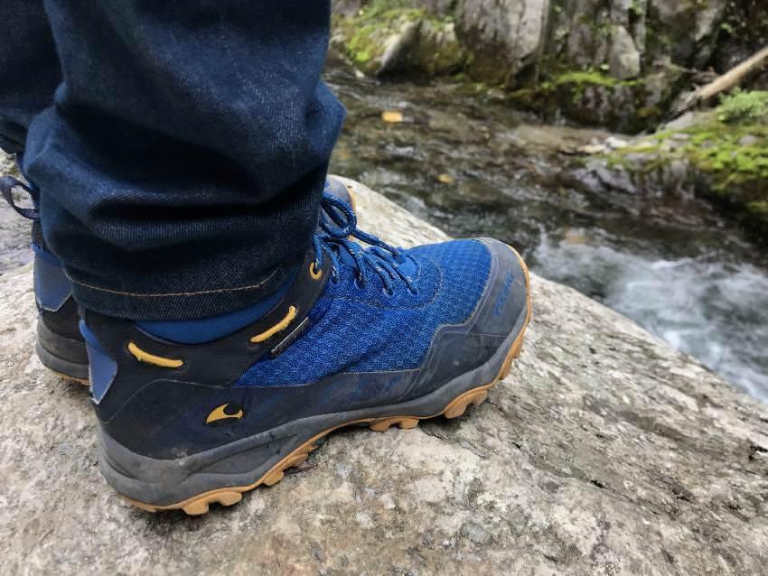 Reisen mit Kindern Blog: Wir brauchen gute Ausrüstung - mit VIKING haben wir gute Outdoor-Schuhe