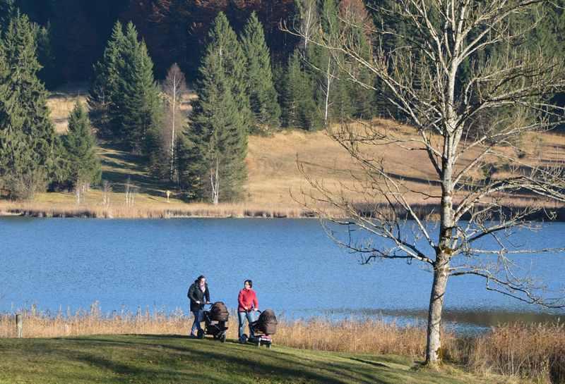 Wandern mit Kinderwagen - unsere schönsten Kinderwagen-Wanderungen am See