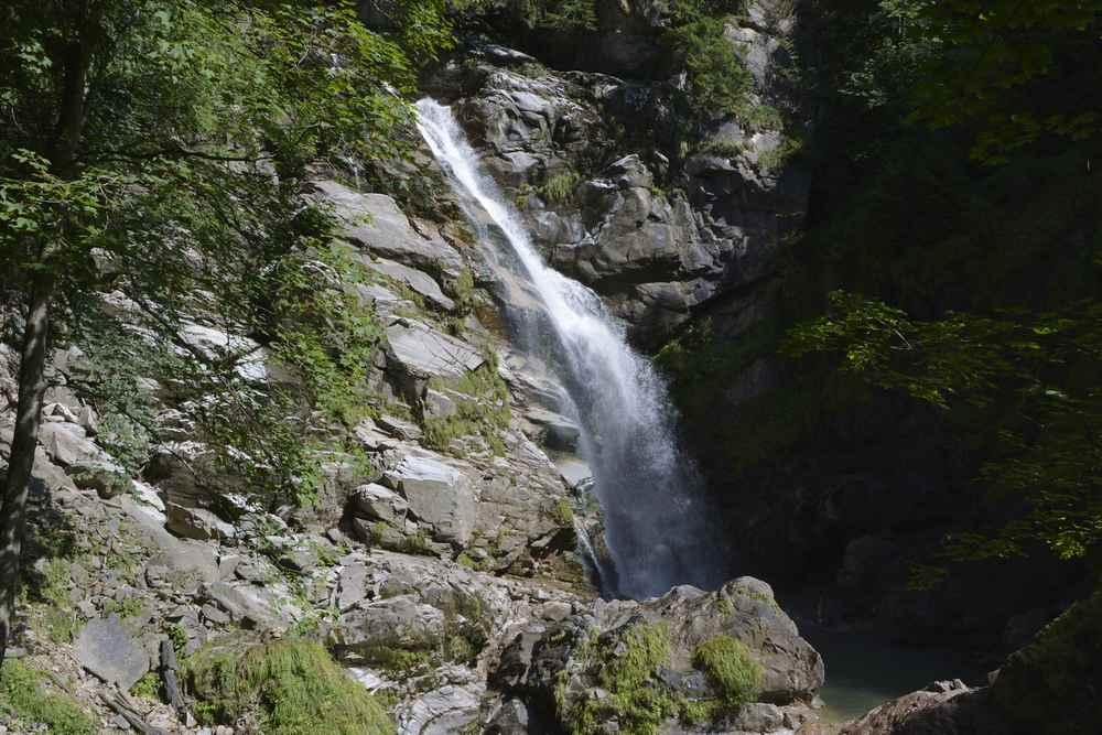 Einer der Wasserfälle in der Groppensteinschlucht