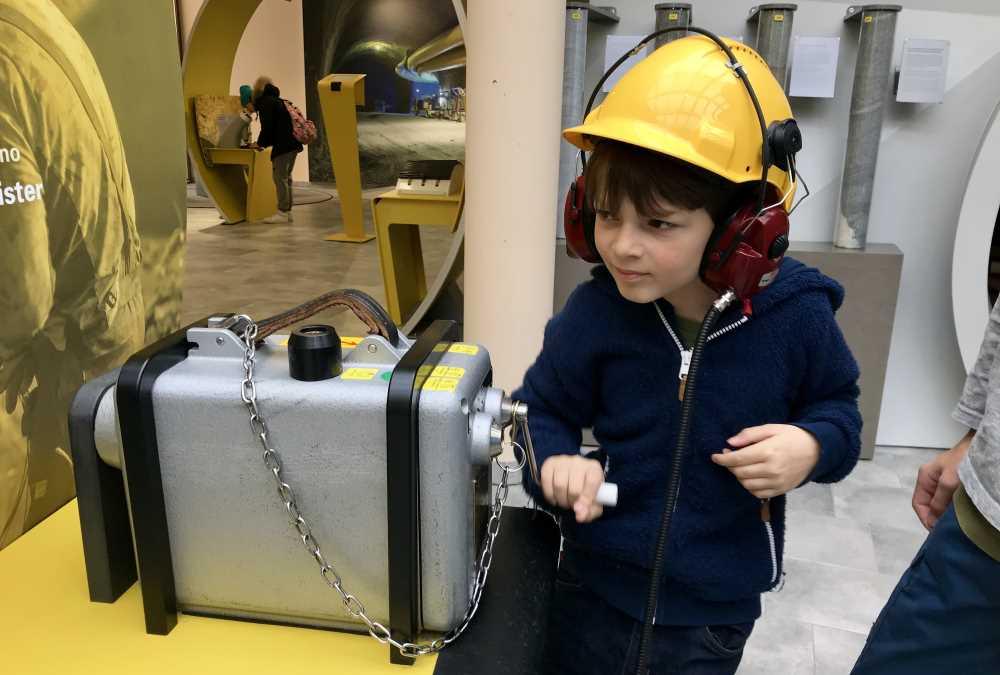Winterausflugsziel mit Kindern bei Innsbruck: Die Tunnelwelten