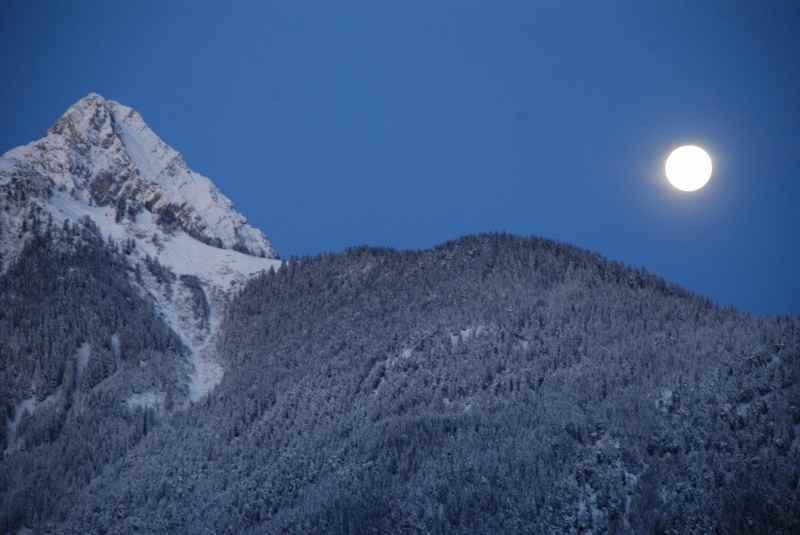 Das war wunderschön: Die helle Winternacht mit Mondschein in Tirol  - Winterurlaub mit Kleinkind