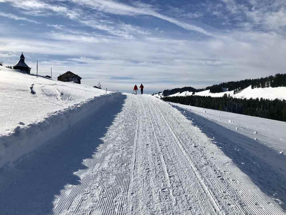 Winterwandern Oberstaufen - so schön ist der Winterurlaub im Allgäu ohne Ski