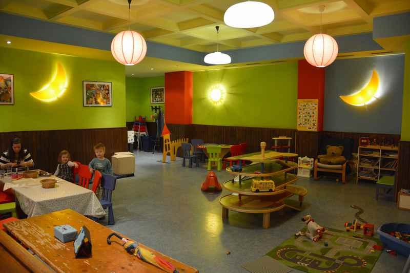 Einzigartig: Ein Wirtshaus in München mit Kinderbetreuung und großem Spielzimmer