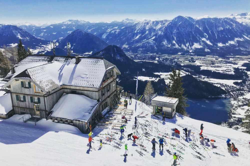 Am Loser skifahren mit Kindern - samt Blick auf See und Berge