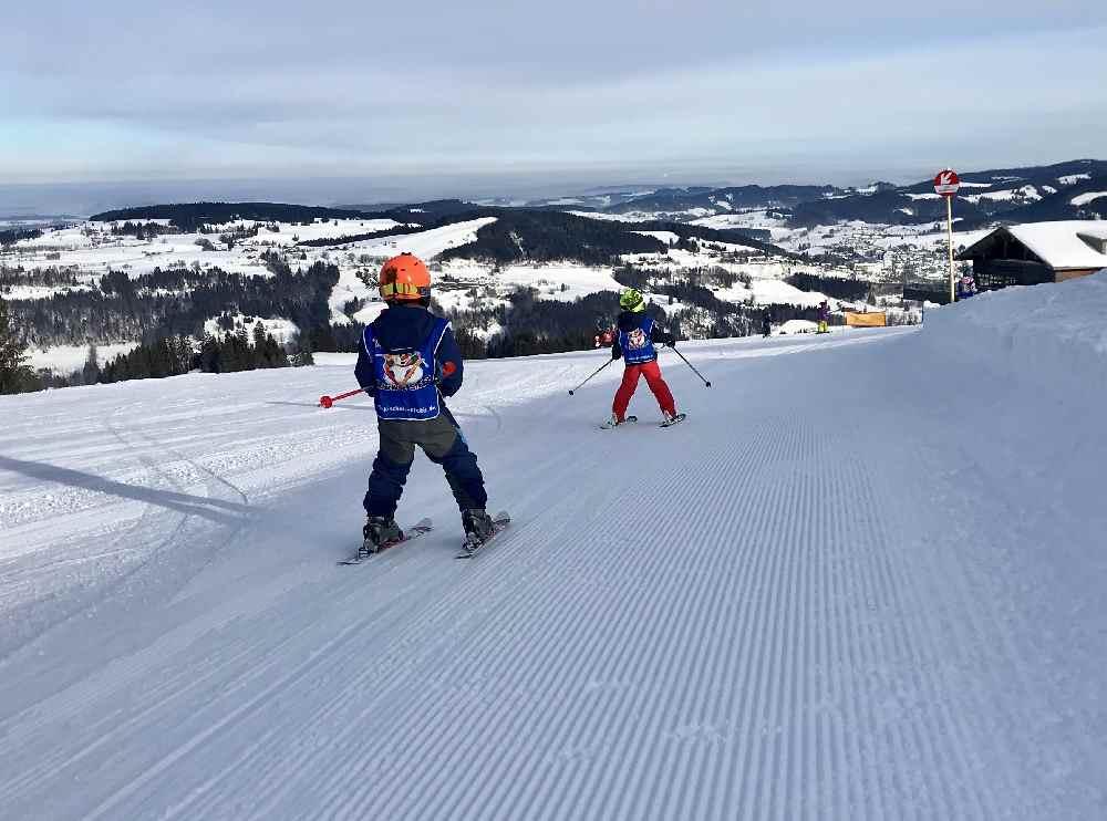 Skigebiet Kinder kostenlos - ja, hier im Skigebiet Steibis im Allgäu!
