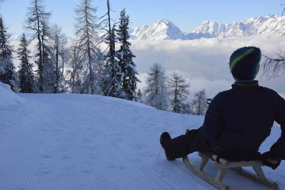 Rodelbahn Kellerjoch: Auf der längsten Rodelbahn in Tirol könnt ihr traumhaft rodeln mit Kindern