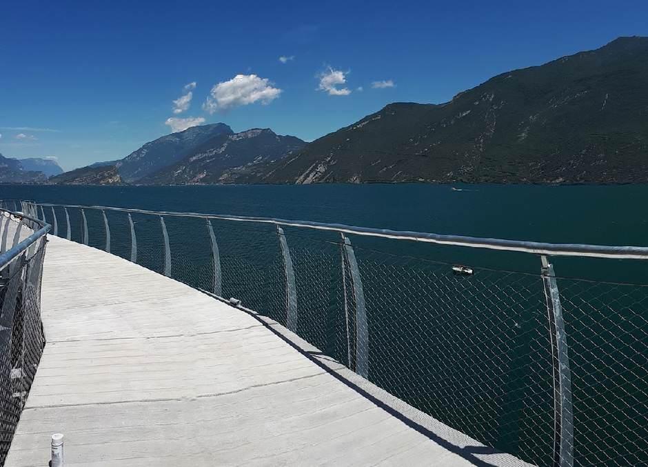 So schön ist der neue Radweg am Gardasee, Bild: Gemeinde Limone, dpa