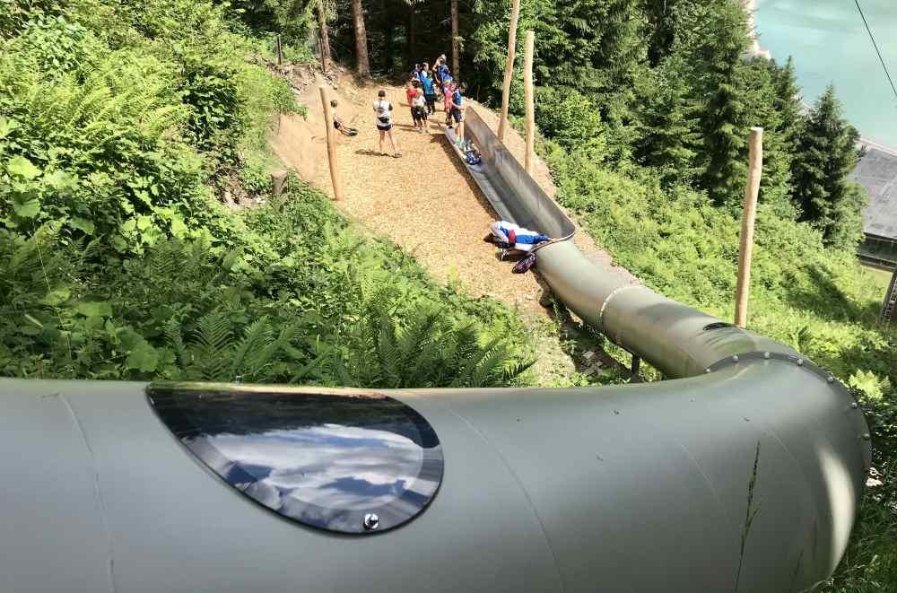 """Die """"Wilde Maus"""" ist 60 Meter lang und die Unterste der 7 Rutschen. im Waldrutschenpark Golm"""