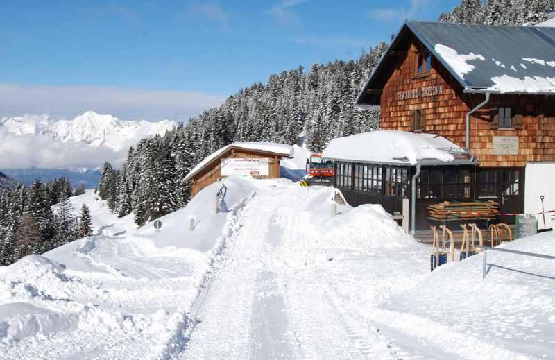 Weidener Hütte rodeln mit Kindern in Tirol: Ausflugsziel samt Rodelbahn