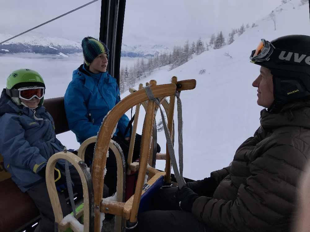 Mit der neuen Spieljochbahn geht es hinauf zur Bergstation, dem Start der Spieljoch Rodelbahn