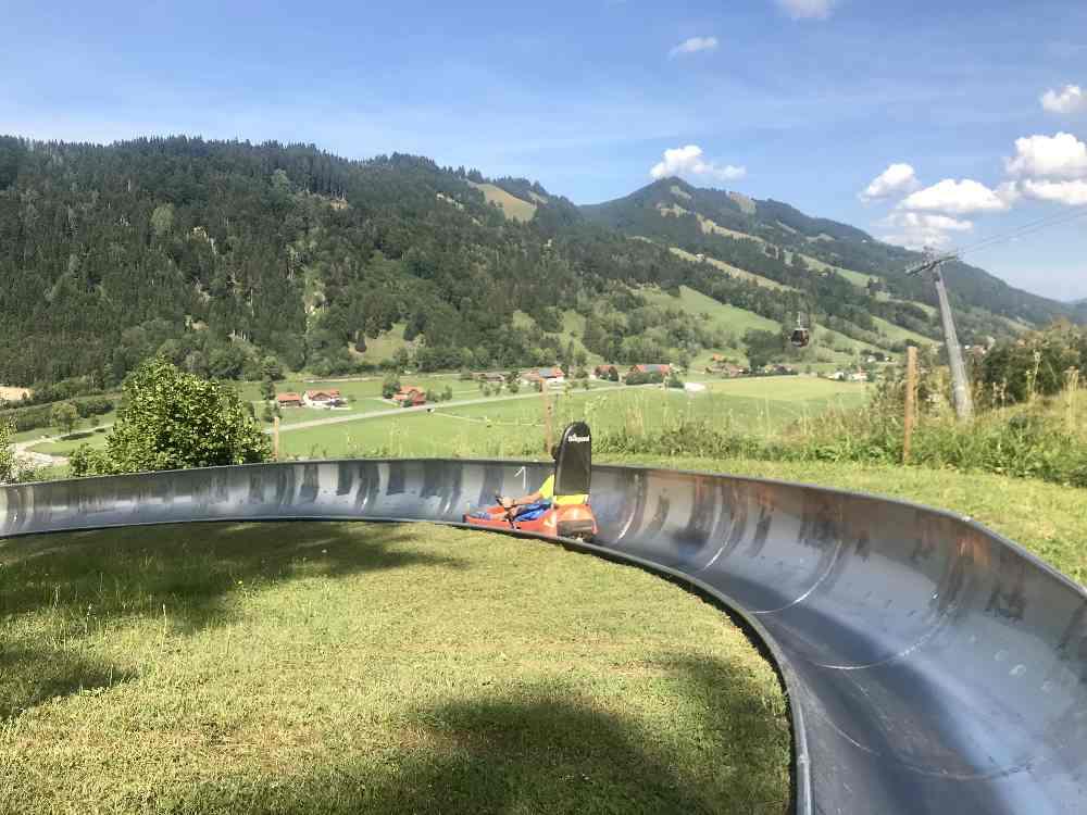 Nach den Buchenegger Wasserfällen: Sommerrodeln im Allgäu am Hündle