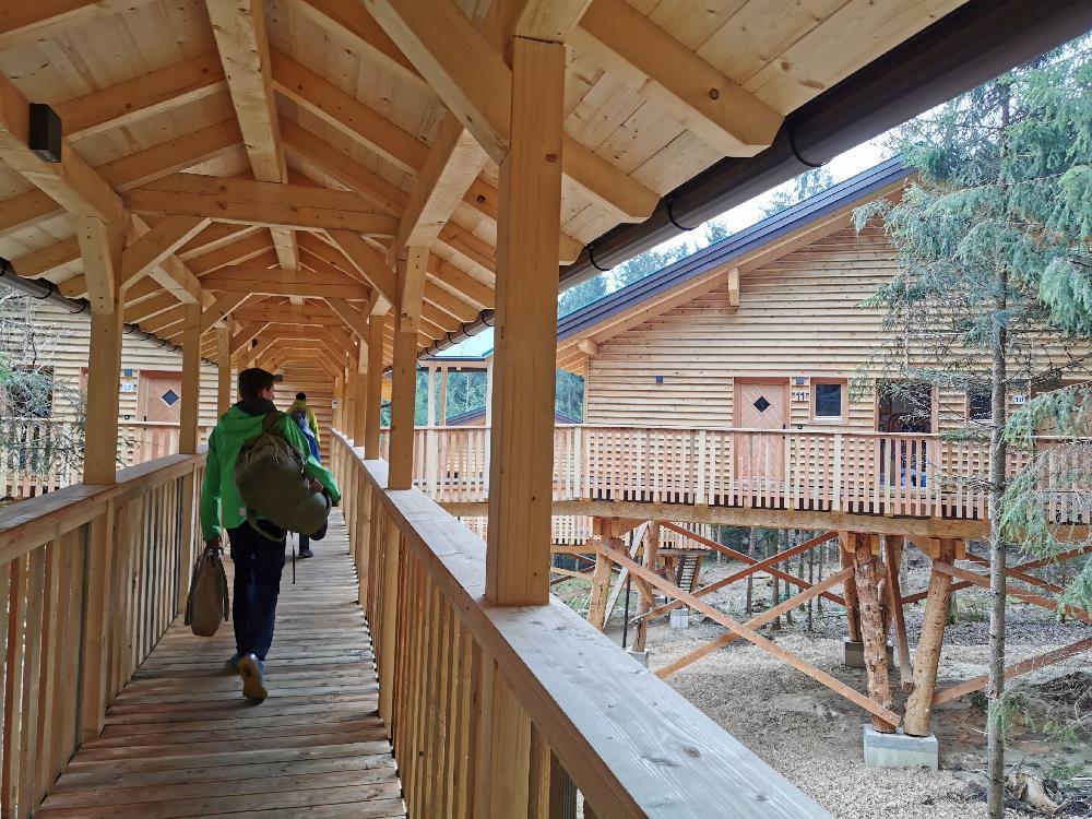 Familienurlaub im Baumhaushotel: Wir beziehen unser Familienzimmer
