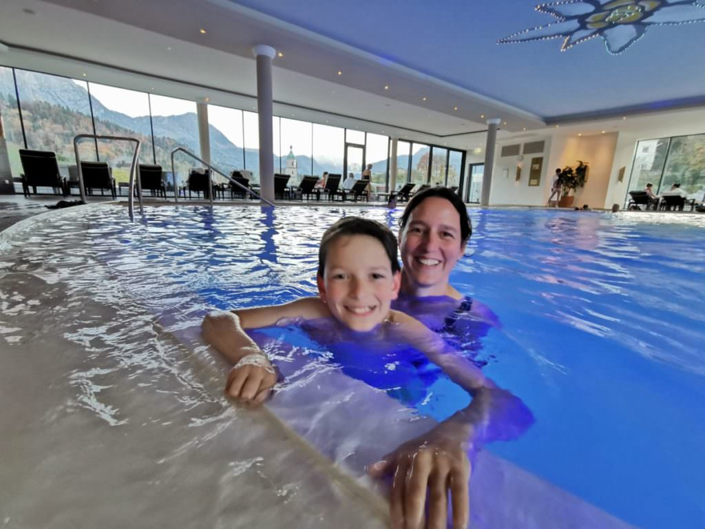 Familienhotel Berchtesgaden - mit Pool und Bergblick